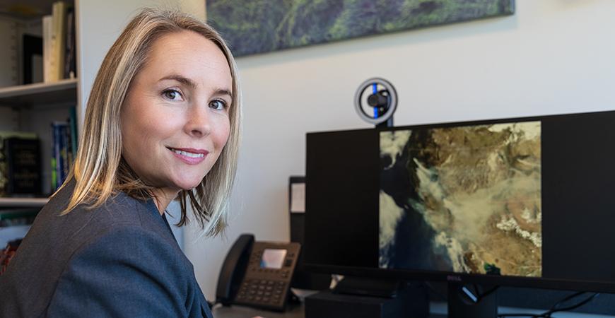 Professor Erin Hestir (Photo by Veronica Adrover, UC Merced)